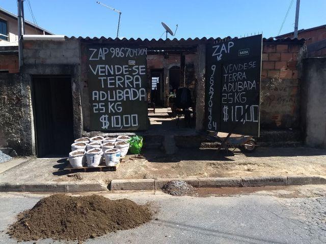 Terra adubada bh 25kilos de terra adubada por $10,00 somente no local zap * - Foto 6