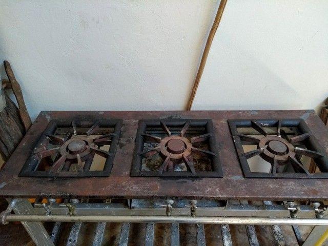 Fogão industrial 3 bocas - Foto 2