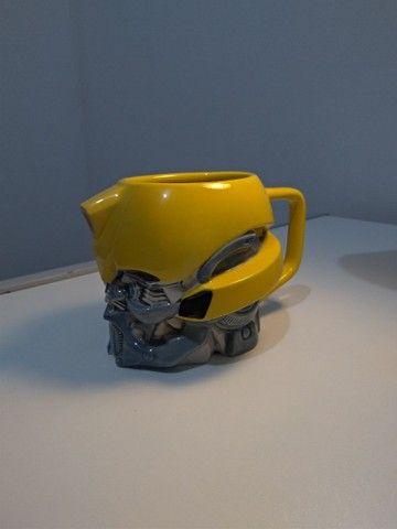 Caneca Transformers Bumblebee® Universal Studios Original - Foto 2
