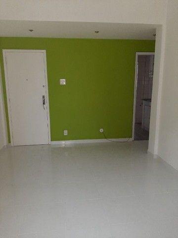 Apartamento com 1 dormitório para alugar, 53 m² por R$ 1.200,00/mês - Icaraí - Niterói/RJ - Foto 7