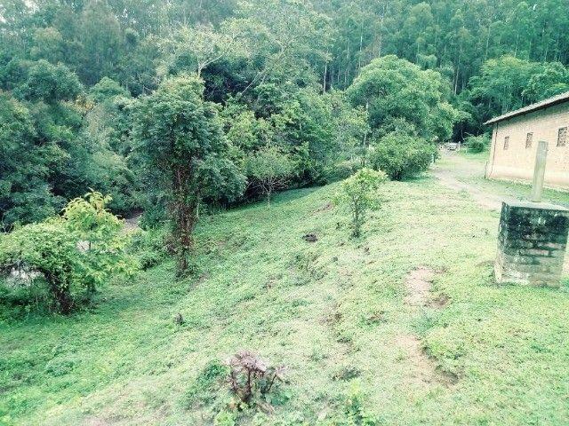 Chácara contendo casa e galpão em Delfim Moreira- Sul de Minas Gerais. - Foto 10