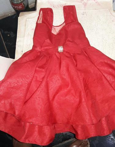 Vendo ou troco vestido de festa