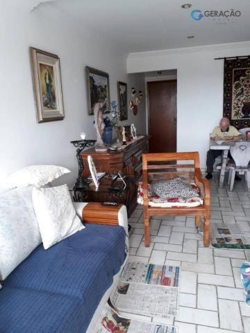 3 dormitórios amplos com armários planejados todos com sacada sendo 01 suíte com ar condic - Foto 9