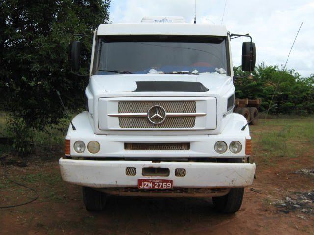 Mercedes 2638 com Julieta Randon
