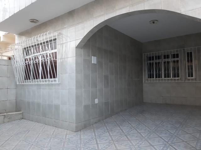 Casa 3 quartos, 2 suítes, aluguel 3 mil , bairro Mares
