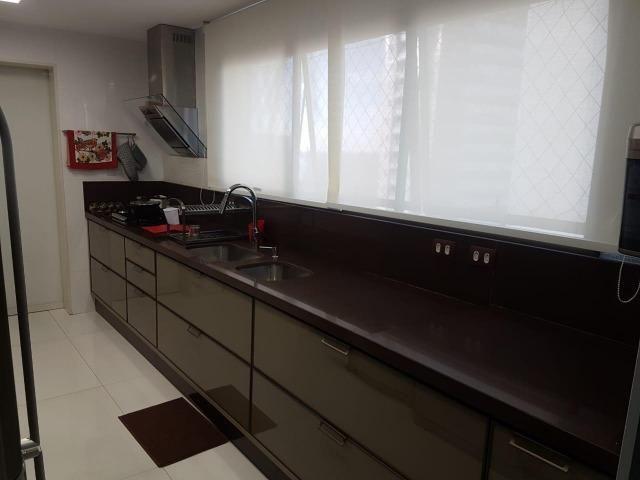 Apartamento Lumno 4 Suítes 276m2 Alto 4 vagas Decorado Nascente linda vista mar - Foto 9