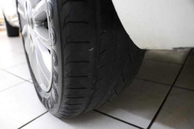 Fiat Linea ESSENCE 1.8 DUALOGIC 4P - Foto 16