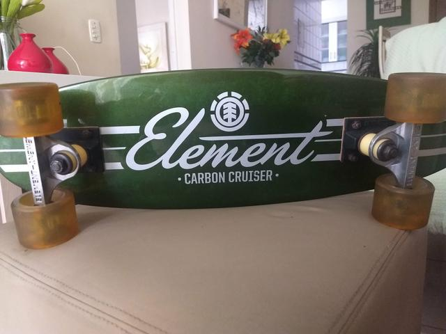 Skate Element Carbon Cruiser