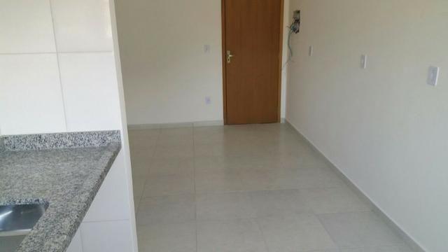 Apartamento no Pereque-açu, 2 dorm sendo 1 suite, segundo andar, piscina, elevador 015 - Foto 6