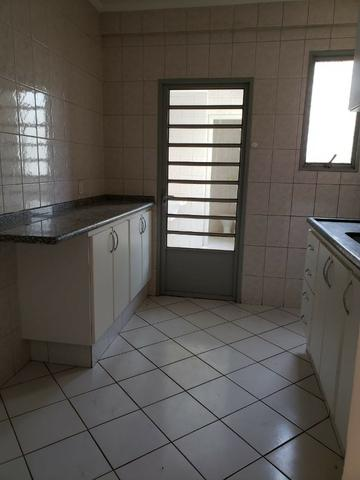 Apartamento Residencial Porto Seguro 82 m² sendo 03 dormitórios completo com armários - Foto 9
