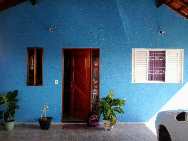 Vendo casa Mobilhada ou troco por outra casa em Botucatu