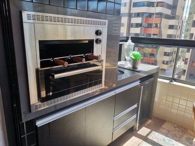 Lindo apartamento todo pronto com varanda gourmet na ponta verde - Foto 5