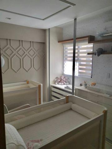 Lindo apartamento todo pronto com varanda gourmet na ponta verde - Foto 11