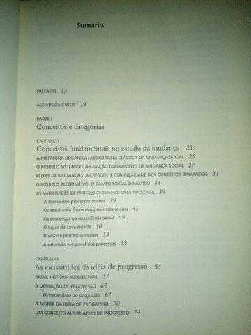 """Livro seminovo """"A Sociologia da Mudança Social"""" - Foto 2"""