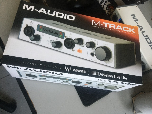 Interface de som m-audio m-trackII - Foto 4