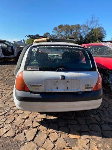 Sucata para retirada de peças- Renault Clio - Foto 3