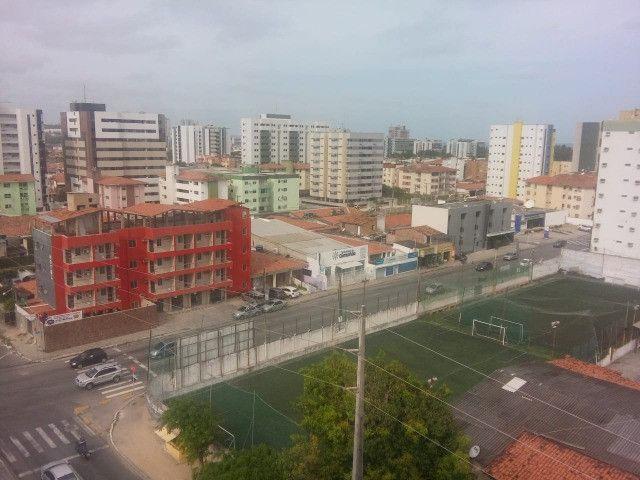 Prédio em Mangabeiras Pxmo A João Davino .