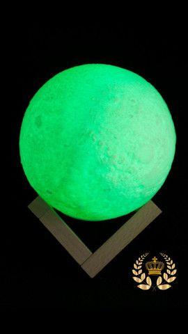 Luminária Lua Cheia 3D Troca de Cor - Foto 3