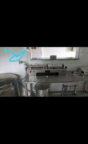 Maquinário de fábrica envasadora de líquidos  - Foto 6