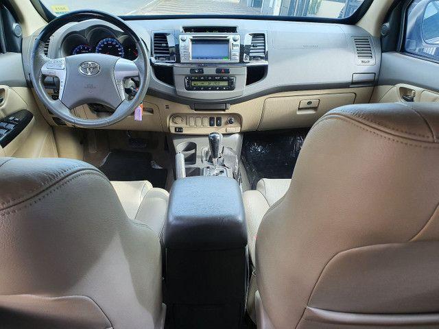 Toyota-Hilux SW4  - Foto 9