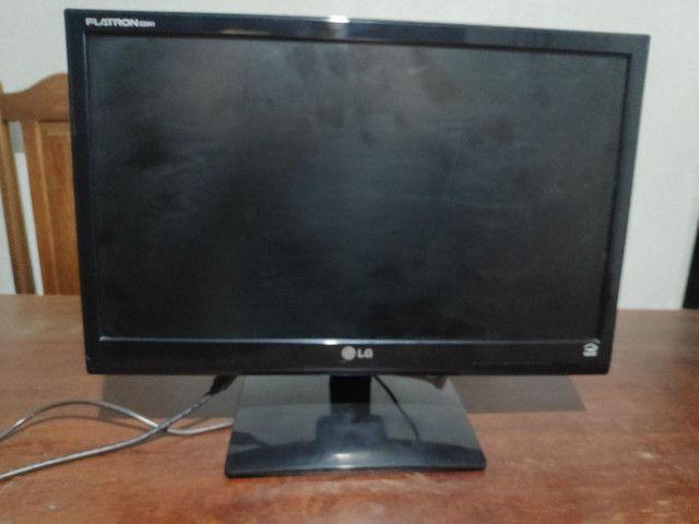 Monitor LG E2041S - Foto 2