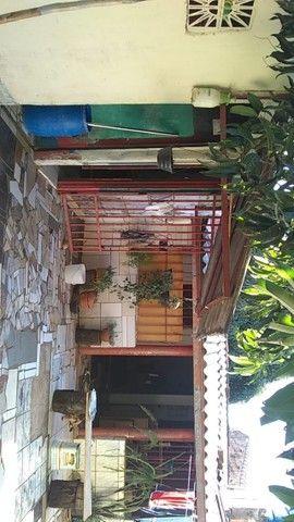 Lote no Shopping Park com uma casinha simples ao fundo R$ 110.000,00 - Foto 8