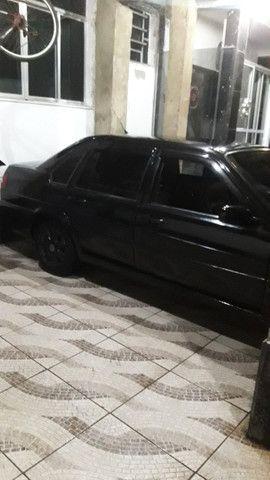 Volkswagen- Santana - Foto 3