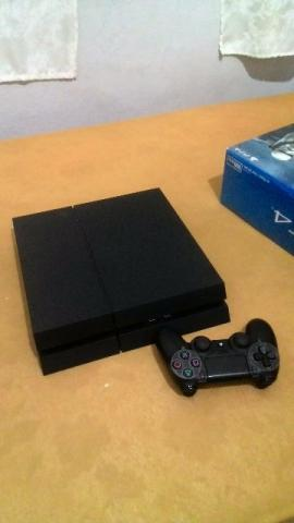 Playstation 4 Modelo Cuh-1215A