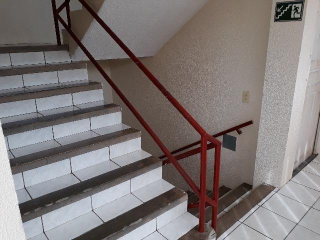 Apartamento na Barra do Ceará, 2 quartos, em ótimo estado estado - Foto 8