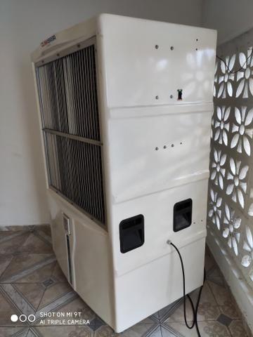 Vendo Climatizador Semi-novo R$ 8.000,00 - Foto 2