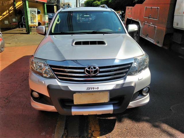 Toyota SW4 7L 2013 SRV 4X4 AUT.TB.Diesel $74.900+48X$.$ - Foto 5