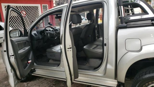 Toyota Hylux CD 3.0 SR 4 x 4, Ano 2013, Òtimo Estado, Aceito Troca - Foto 7