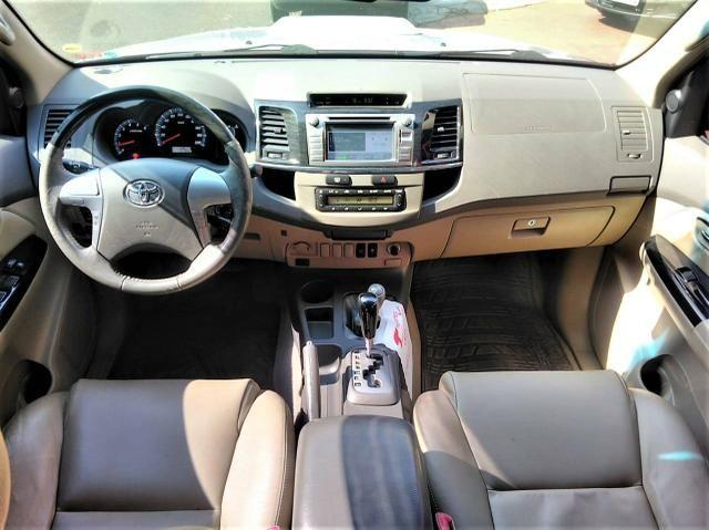 Toyota SW4 7L 2013 SRV 4X4 AUT.TB.Diesel $74.900+48X$.$ - Foto 4