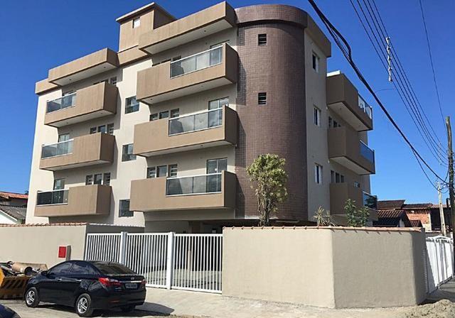 Apartamento no Pereque-açu, 2 dorm sendo 1 suite, segundo andar, piscina, elevador 015