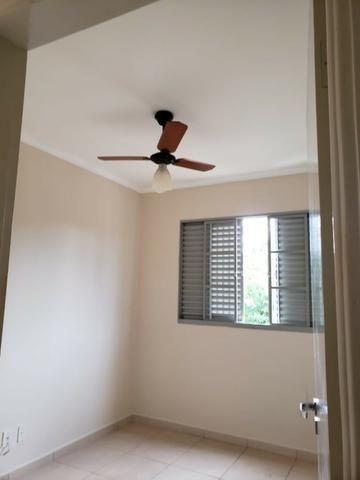 Apartamento Residencial Porto Seguro 82 m² sendo 03 dormitórios completo com armários - Foto 2