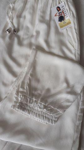 Conjunto calça jogger e blusa cropped  - Foto 2