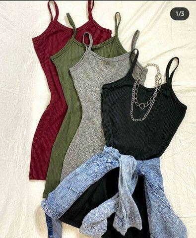 Vestido canelado de alcinha  - Foto 2