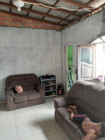 Vendo casa no Tapanã ( com ponto comercial) - Foto 2