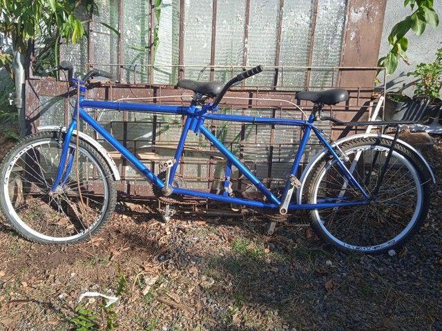 Bicicletas de duas e três pessoas a com dois lugares te bagagem - Foto 2