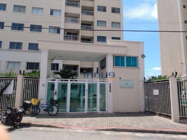 Apartamento com 3 dormitórios à venda, 67 m² por R$ 289.000,00 - Maraponga - Fortaleza/CE