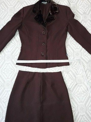 Conjunto saia e blusa - Foto 3