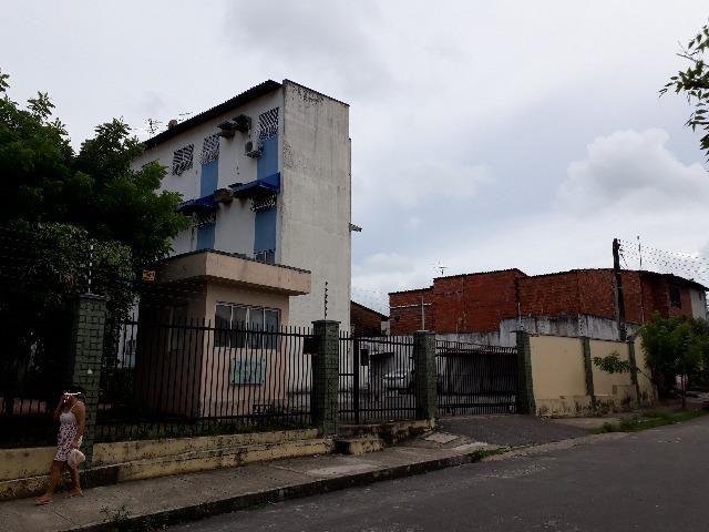Apartamento na Barra do Ceará, 2 quartos, em ótimo estado estado - Foto 2