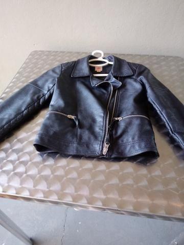 Jaqueta de couro menina tamanho 8