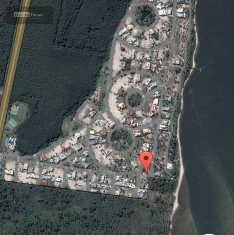 Terreno top no Laguna, frente com vista para a  lagoa - Foto 17