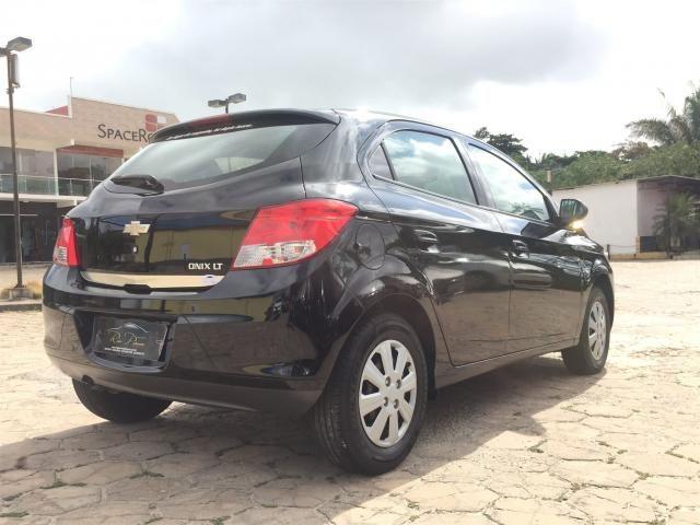 GM - Onix LT 1.0 12/13 - Troco Financio! - Foto 5