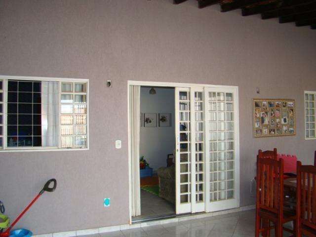 QNM 25 Ceilândia Sul Casa 3 quartos com suíte - Foto 4