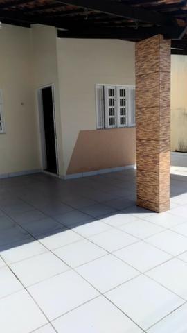 Casa em condomínio na Maria Lacerda em Nova Parnamirim