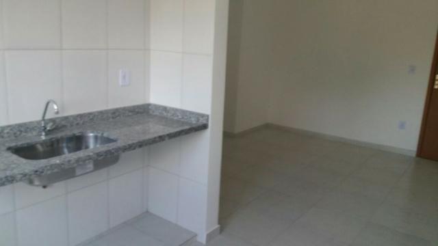 Apartamento no Pereque-açu, 2 dorm sendo 1 suite, segundo andar, piscina, elevador 015 - Foto 7
