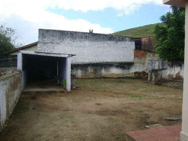 Alugo Casa de 3 quartos no centro de Boa Esperança - Rio Bonito - Foto 2