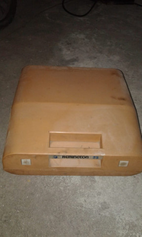 Maquina Portátil De Escrever Remington 25 - Foto 5